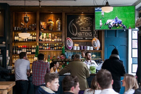 6 Nations game on @16h45