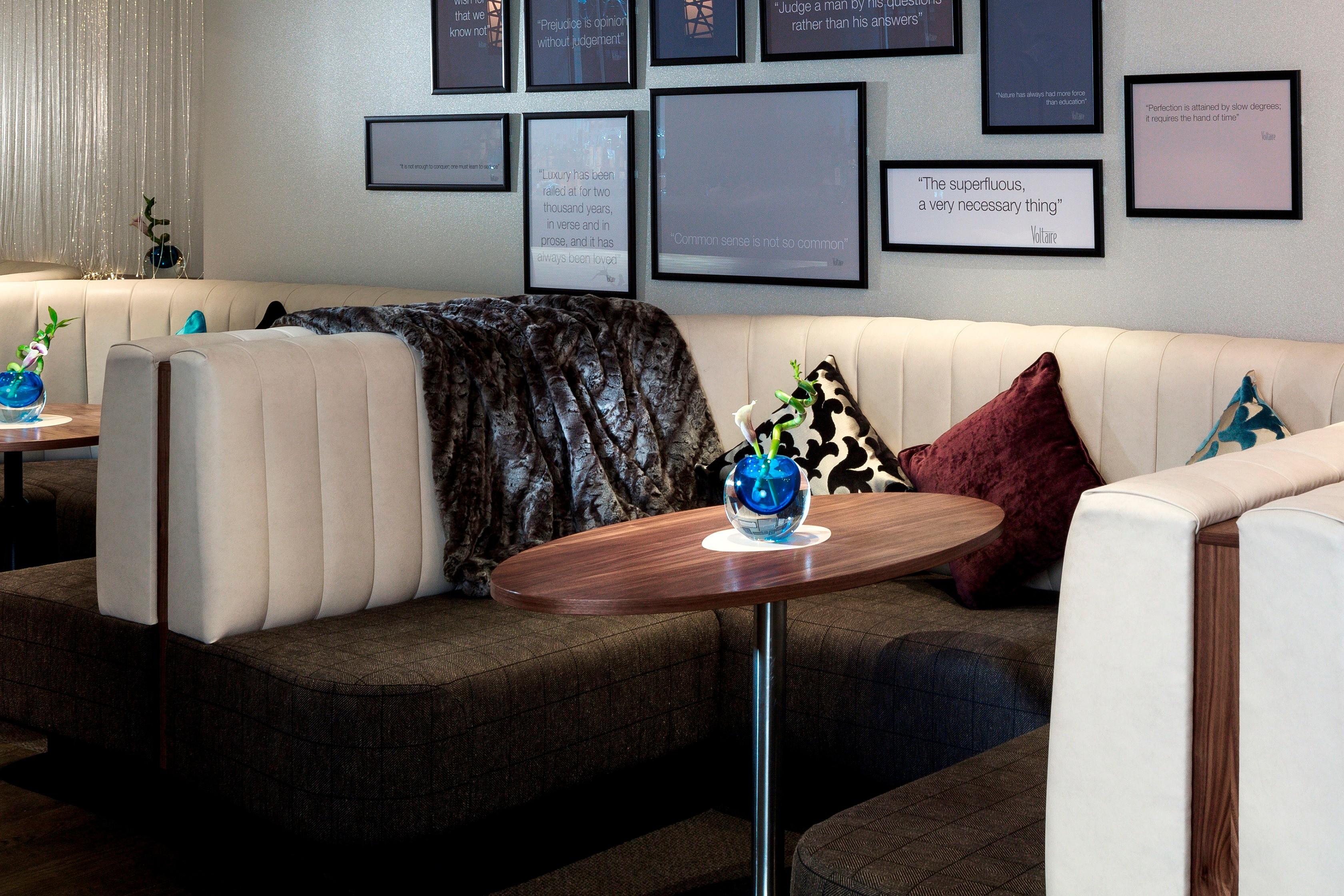 Premium indoor booths_Voltaire-2.jpg