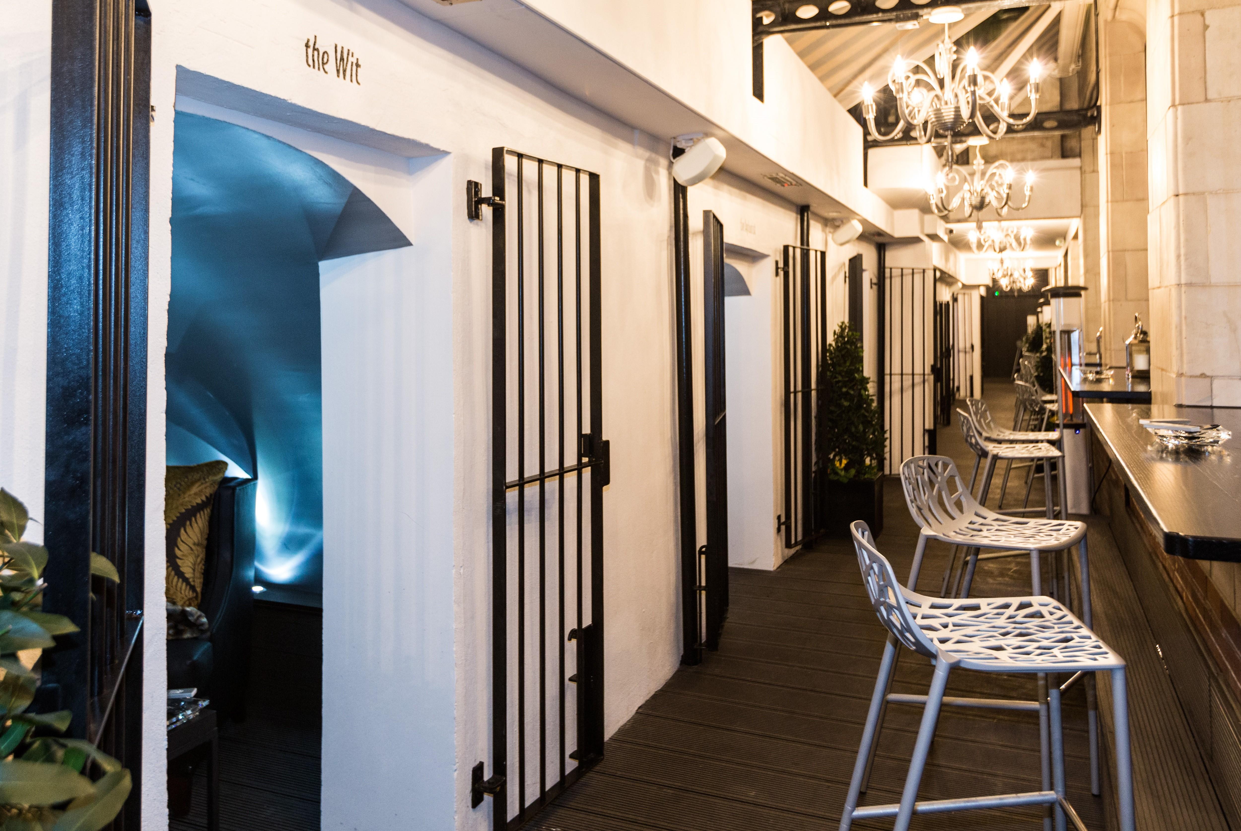 Voltaire Cocktails & Champagne Bar_Cigar Terrace.jpg