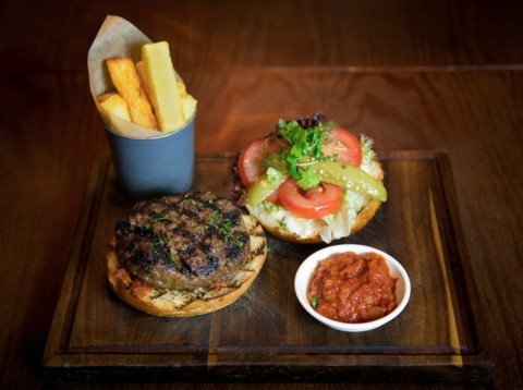 VB Surrey Hills beef burger / double